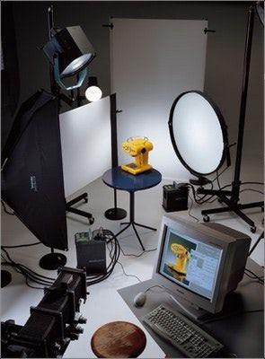 ...осветительное оборудование, с большим выбором различных приспособлений и насадок (любая схема освещения).